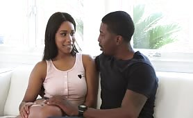 Ebony pornstar Jenna Foxxx fucks